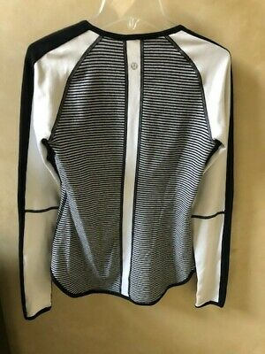 $ CDN63.78 • Buy Lululemon Runder Under Long Sleeve Reversible Running Top (Size 4-6)