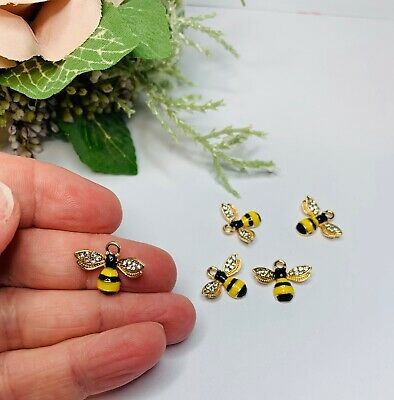 Charms Bee Charms  Bee Pendent Jewellery Making Pk 5 Black And Gold Bees • 3.50£