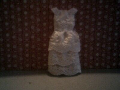 DOLLS HOUSE HAND MADE Wedding Dress ,white Party Dress Made With Lace • 3.50£