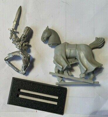 High Elf Ellyrian Reavers Champion. Metal With Plastic Horse.Used VG • 5£