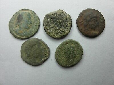 Ancient Roman 4th Century Bronze Coins:   Winchester Detecting Finds  • 0.99£