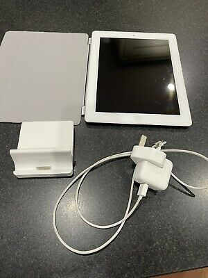 Apple Ipad A1385 16gb Silver/white Cover And Charging Dock Bundle • 55£