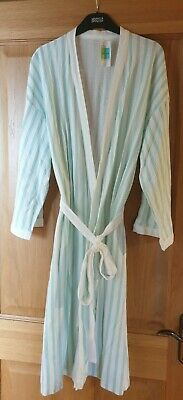 Ladies Dressing Gown Bath Robe. Size 12-14. Brand New. Paid £15 • 7.50£