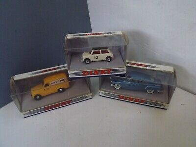 Job Lot Of 3 X Matchbox Dinky Collection Vehicles (8) • 15£