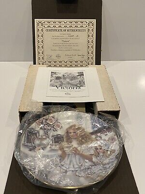 $ CDN31.88 • Buy 1989 Norman Rockwell Limited Edition Knowles Plate  Victoria  Original Box & COA