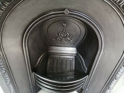 Used Cast Iron Fireplace / Fire Surround / Insert / Victorian Arch Style • 180£