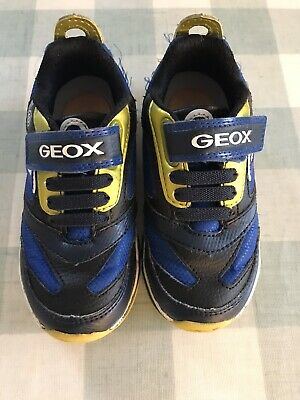 GEOX Boys Flashing Trainers Size 8.5. Barely Worn • 12.99£