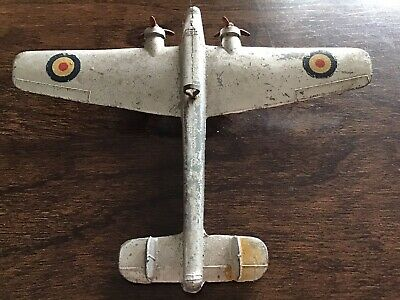 Dinky Aircraft. Whitley Bomber. 1930's • 10£