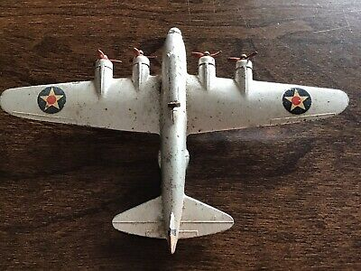 Dinky Aircraft. Boeing 'Flying Fortress' Made By Meccano 1930's • 10£