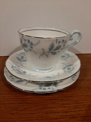 One Vintage Aynsley Bone China Tea Sets (trio) Immaculate - Markers Mark • 4.90£
