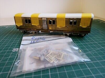 Roxey 4C8 Etched Brass Coach LSWR Fruit Van Mostly Built, Needs Finishing • 3.20£
