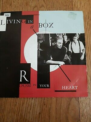 Living In A Box     Room In Your Heart    7  Single    Lib 7    1989   Chrysalis • 0.99£