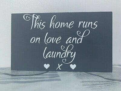This Home Runs On Love And Laundry - Plaque Wall Sign - Home Decor Kitchen • 16.95£