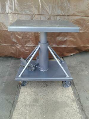 $450 • Buy Hydraulic Table W/Rolling Casters (Woodworking Machinery)