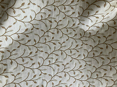 Good Quality Soft Furnishing Fabric - Taup, Gold, Beige Leaf Pattern 16 Meters  • 60£
