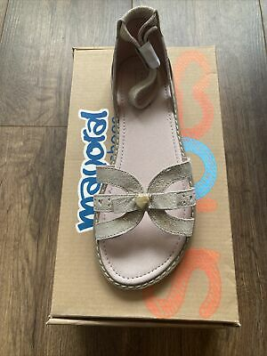 Mayoral Girls Leather Shoes Sandles NEW In Box UK Size 1 • 8£