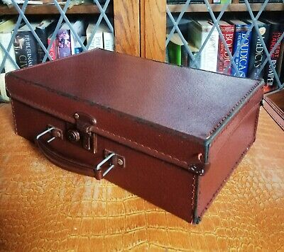 Lovely Very Small Vintage 1940s WWII Child Evacuee Suitcase • 25£
