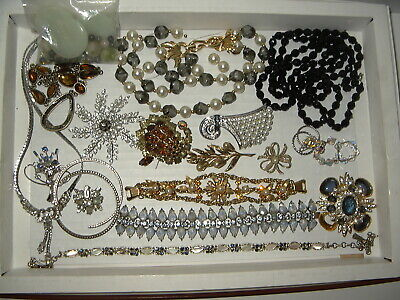 $ CDN69.99 • Buy 20 Pc. Vintage Rhinestone Jewelry Lot For Repair Or Parts - Many Designer Signed