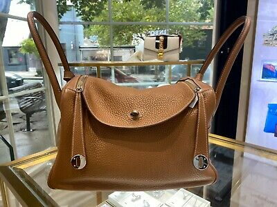 AU7500 • Buy HERMES 34cm Clemence Leather Lindy Bag