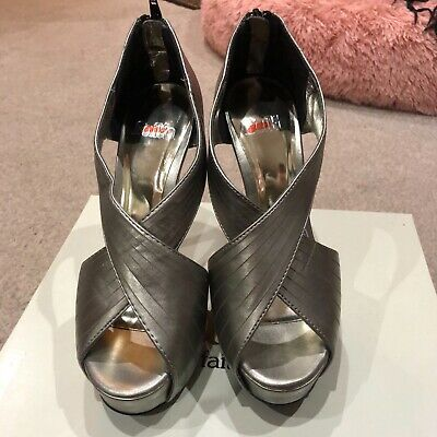 Faith Court Shoes In Pewter Size 4 • 10£