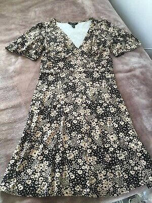 New Look Dress Floral Size 12 • 3£