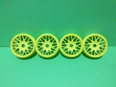 4-1/8 Scale Ofna Yellow 18 Spook Wheels NOS • 6.51£
