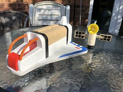 SPACE SHUTTLE- Wooden Toy With Satellite Payload - Rare • 28.99£