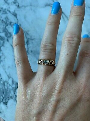 AU200 • Buy Diamond Set Yellow Gold Ring With Hearts