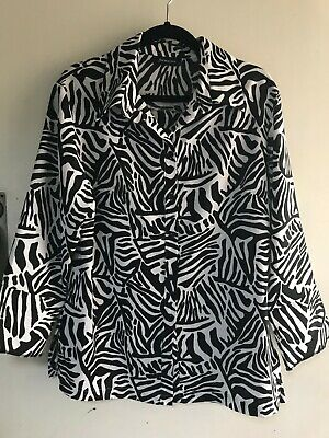 AU12 • Buy  FORMATION  Zebra Print 3/4 Sleeve Button Up Collar Shirt Size 18 - Like New