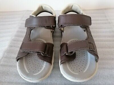 £15 • Buy Clarks Rocco Wave Brown Leather Sandals Boys Size 1 G