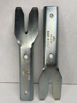 $17.95 • Buy MAC Tools Auto Body Trim Pad Removing Tool TT-217 Made In USA (lot Of 2)