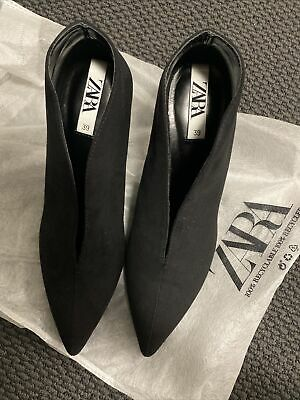 AU15 • Buy Zara Ankle Boots With V Vamp Size 39
