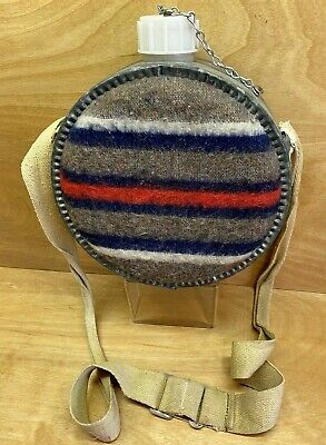 $ CDN39.90 • Buy Vintage 2 Quart Metal & Plastic Canteen With Wool Blanket Cover And Strap