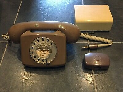 GPO 776 Compact Telephone With Bell And Plug/Socket • 20£