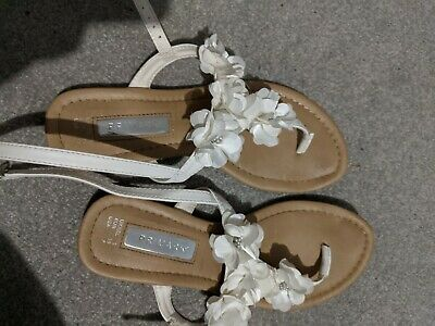Womens Primark White Flowers Summer Sandals Size 5 Used Good Condition • 0.99£