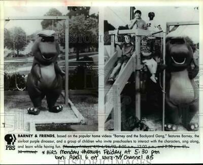 $ CDN24.25 • Buy 1993 Press Photo Barney & Friends - Cvp55827