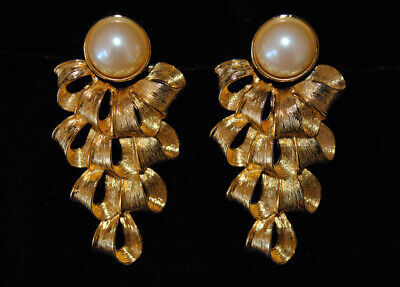 $200 • Buy FABULOUS! Vintage Givenchy Mabe Pearl Earrings With Ribbon Tassles