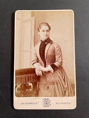 A Carte De Visite Of A Woman By Heath & Bullingham Of Plymouth • 2£