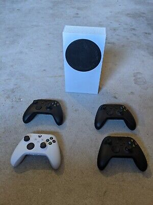 AU301 • Buy Microsoft Xbox Series S 512GB Console + 4 Controllers