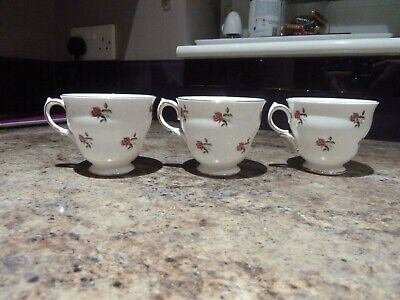 Vintage Bone China Tea Cups Colclough Ditsy Rose Two Off With Two Saucers. • 7.50£