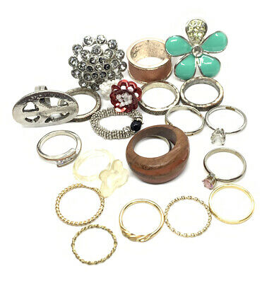 $ CDN2.79 • Buy Lot Of Vintage-Now Rings Mixed Estate
