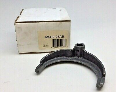 $33 • Buy Ford Type M5R2-23AB Shift Fork 3rd & 4th Gear Manual Transmission  F65Z-7231-AA