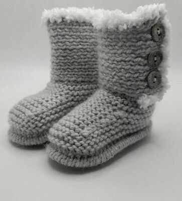 £5.50 • Buy Handmade Knitted Baby Ugg Boots..