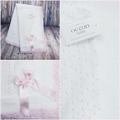 £18.99 • Buy White Spanish Knitted Baby Blanket Trimmed In Pink