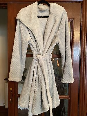 AU16.03 • Buy Ladies Dressing Gown With Hood Size Large