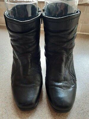 Pavers Black Leather Short Boots Size 5 • 3.99£