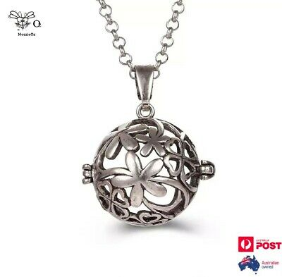 AU19.95 • Buy Round Flowers Locket Aromatherapy Oils Diffuser Silver Necklace + 2 Balls