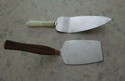 £13 • Buy 2 Vintage Cake/Pie Slices. 1 Made In England, 1 Made In Denmark (Wooden Handle)