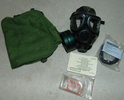 $199.99 • Buy USGI M40 Series Gas Mask Small W/ Bag And Filter With Clear Outserts - Booklet