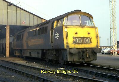 £2 • Buy Railway Photo - The Last Of The First - D1001 C1976 Class 52 Western